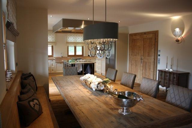 Einrichten-Esszimmer-rustikaler Esstisch-landhausstil Tischdeko