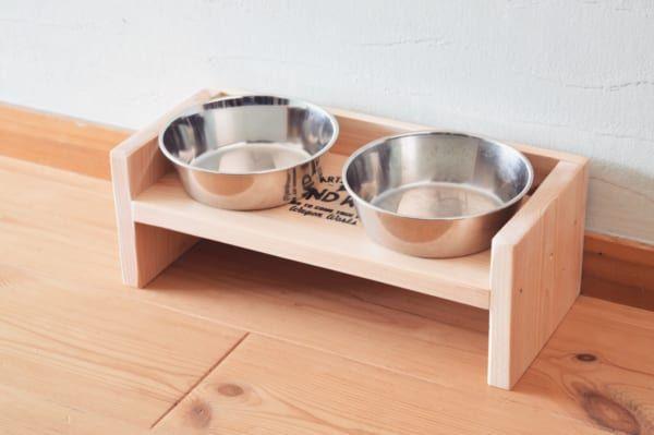Photo of 【連載】『セリア』の木材でDIY!シンプルで可愛いペットのごはん台の作り方 | folk