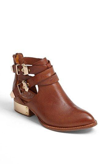 118fb9d1b gold-plated booties Zapatos Usados