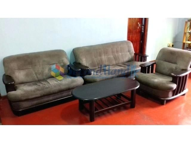 Used Sofa Set For