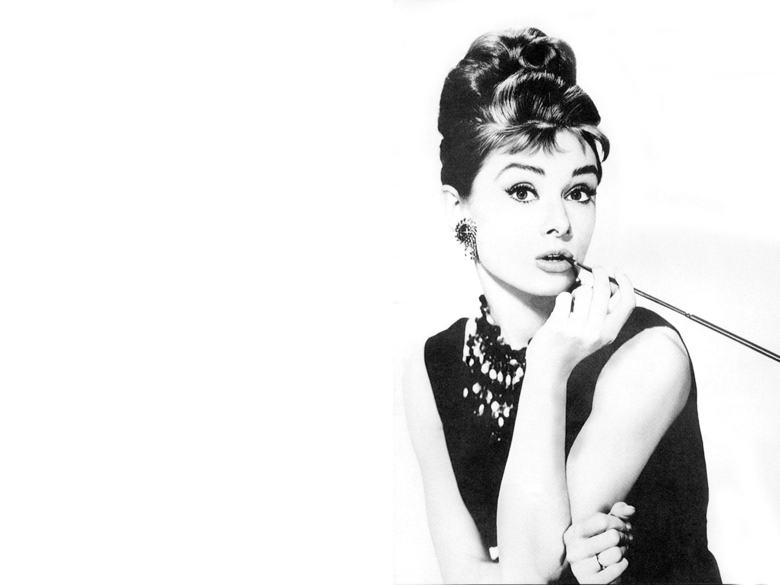 So Inspirational Audrey Hepburn Wallpaper Audrey Hepburn Poster Audrey Hepburn