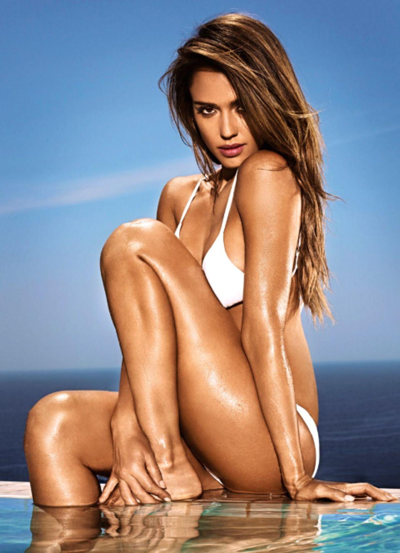 Jessica alba bikini shots