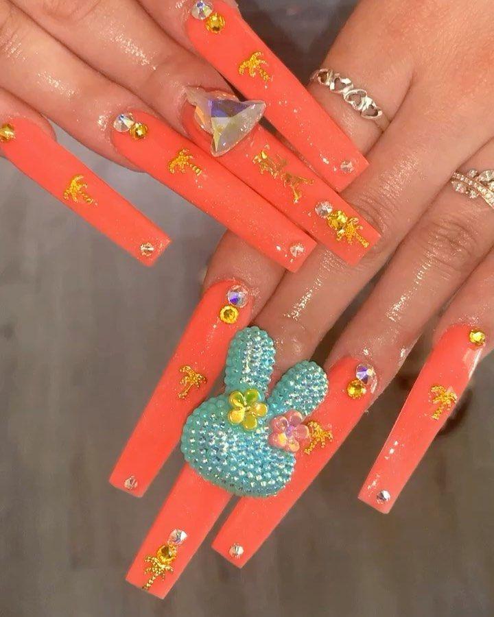 """Sugar on Instagram: """"LA NAILS ✨ Palm trees and 🐰 nails!!🔥✨ . . . . . . . . . #nailtech #nailart #naildesigns #ombrenails #swarovskinails #nailpro #guccinails…"""""""