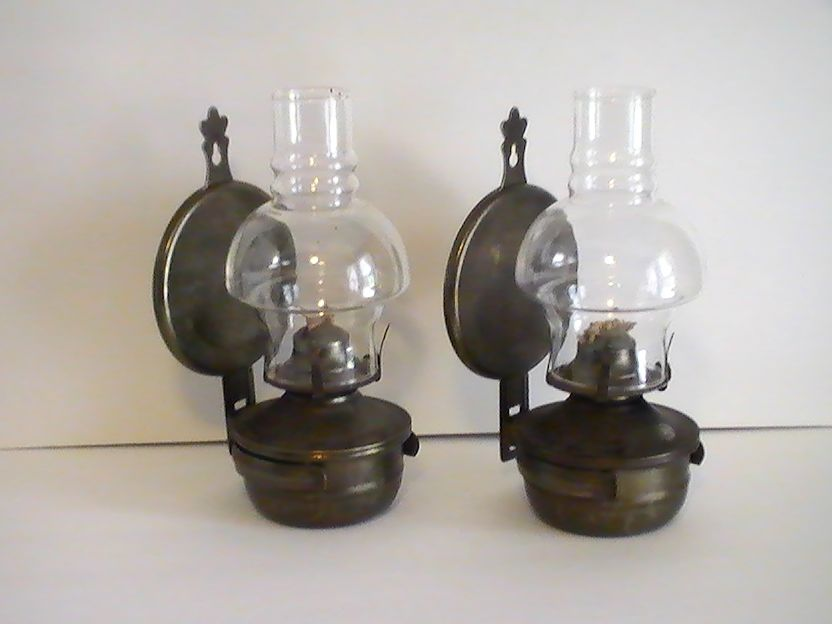Oil Lamp Vintage Rustic Metal Wall Mounted Set of 2 - Oil Lamp Vintage Rustic Metal Wall Mounted Set Of 2 Oil Lamps