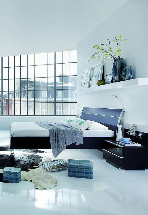 Exklusives Bett Loft | Dieses Bett Mit Dem Passenden Nachttisch Tritt Modern  In Schwarz Auf Und