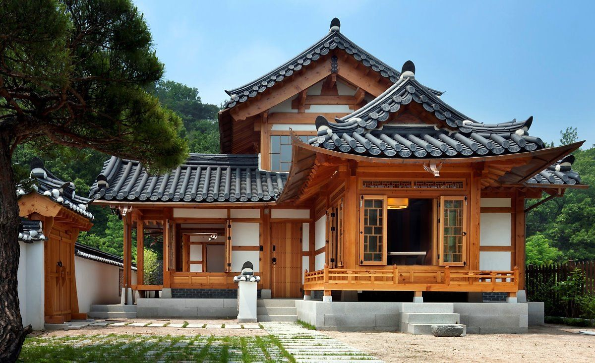 220 Traditional Houses Ideas Traditional House House Styles Architecture
