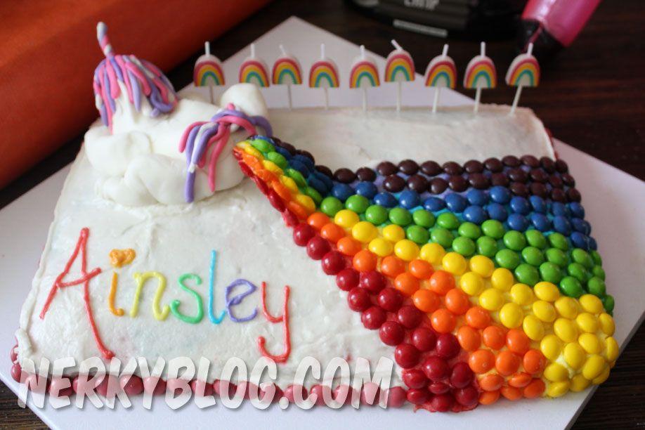 ha ha unicorn rainbow fart cake cool cakes poop cake