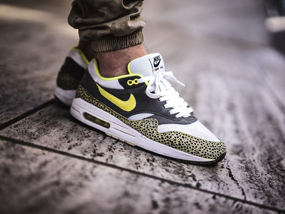 nike air max 1 fb yeezy grey volt