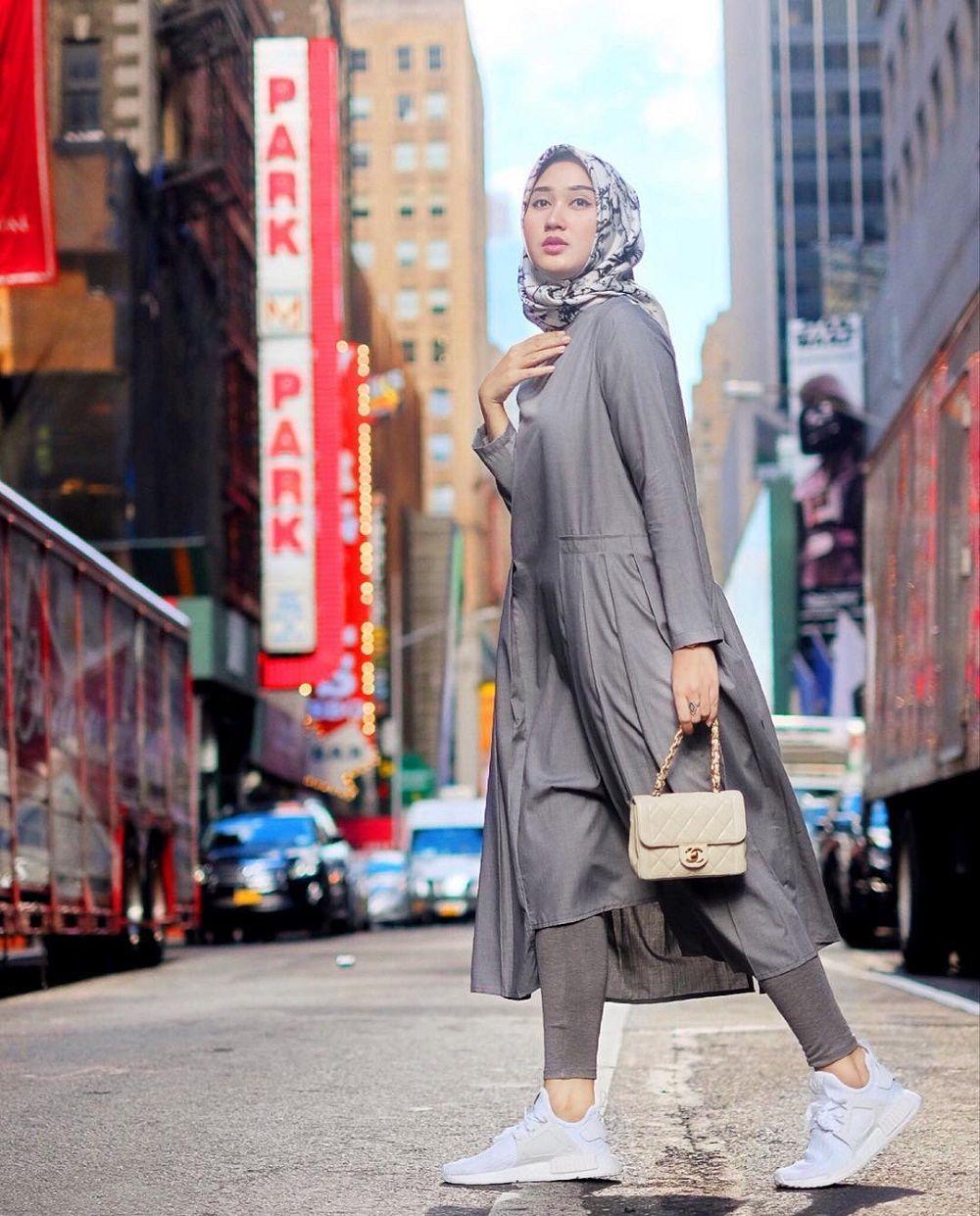 Desain Dian Pelangi  Model pakaian hijab, Gaya kasual, Kasual
