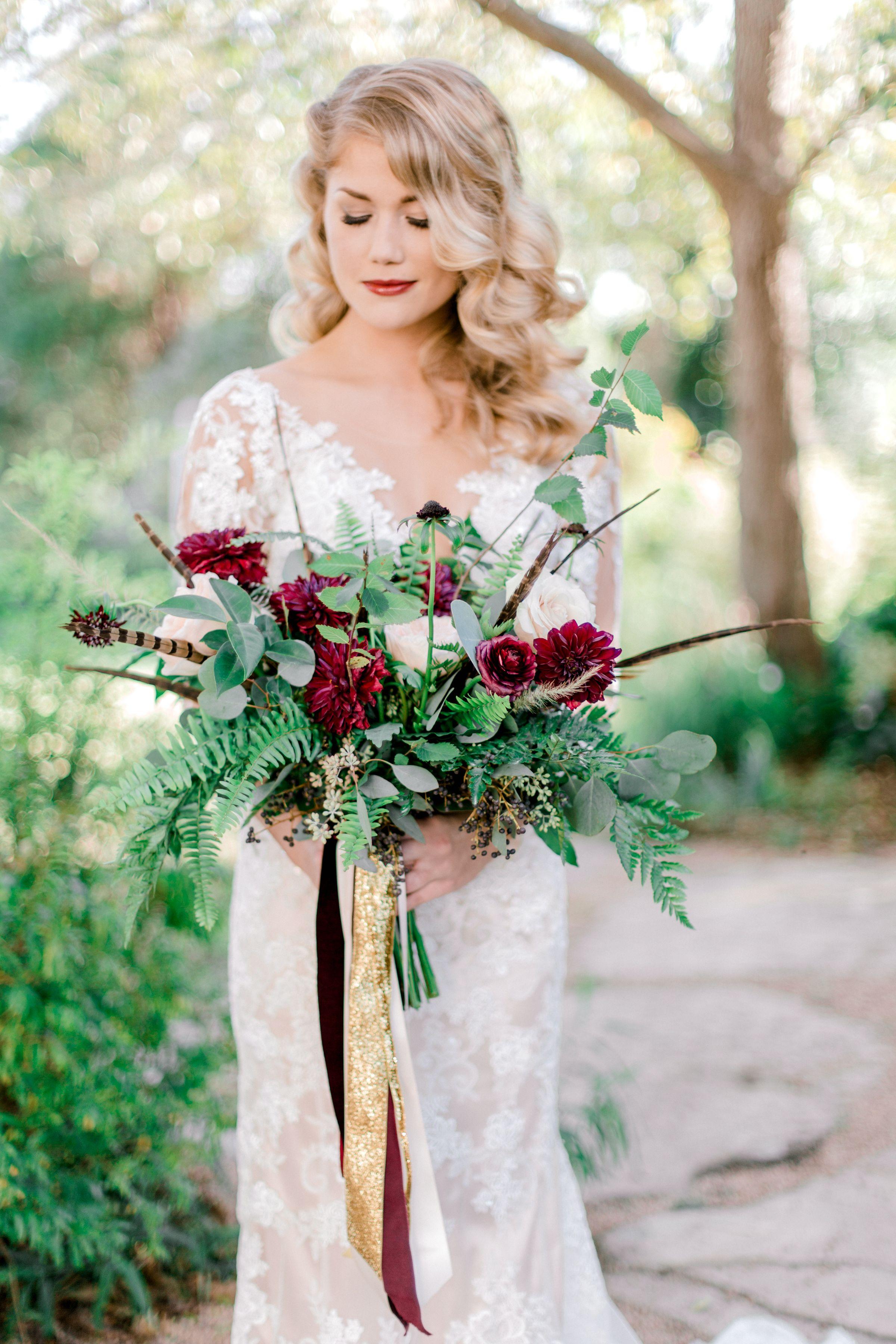 Austin Wedding Florist Fall Boho Wedding Inspiration Barr Mansion Stephanie Hunter Photogra Cheap Wedding Flowers Red Wedding Flowers Diy Wedding Flowers