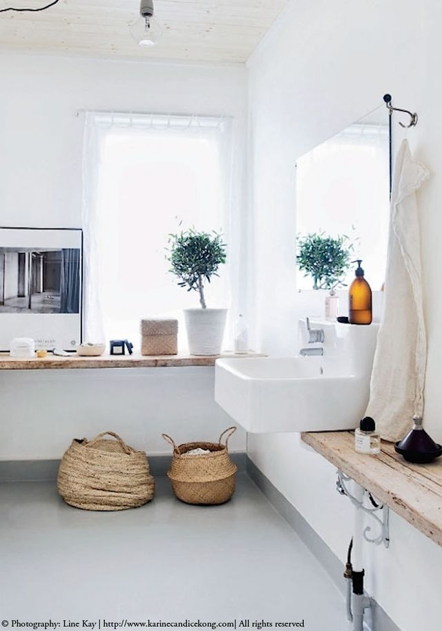 5 Inspiring Ways To Use Your Natural Basket Bodie And Fou White Houses Bathroom Design Home