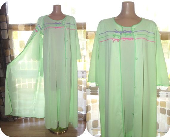 45.99  Vintage  60s  NEON Green Rainbow Nylon  Peignoir Set  Robe  amp 968da53a5