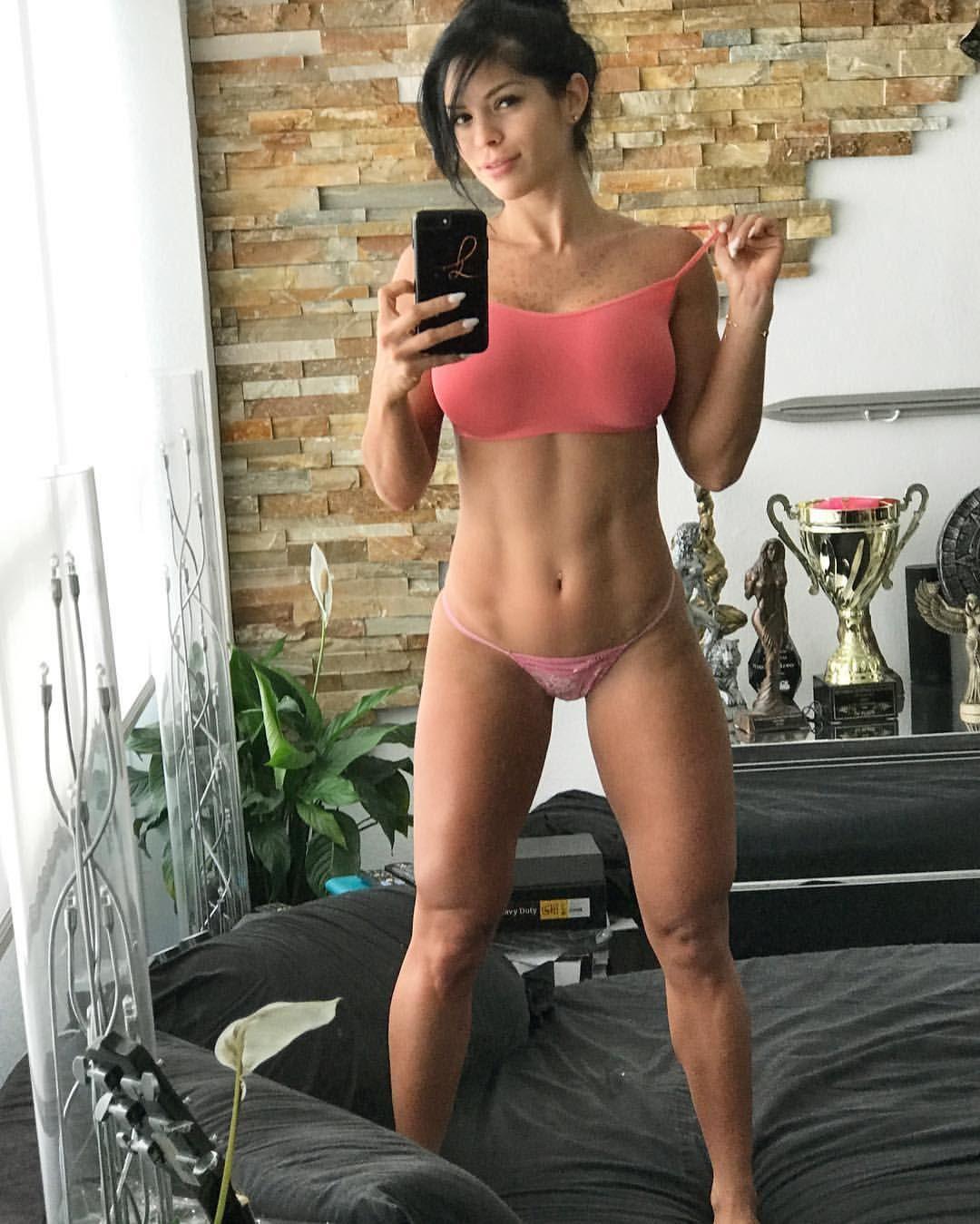 fucking posing men and women pics