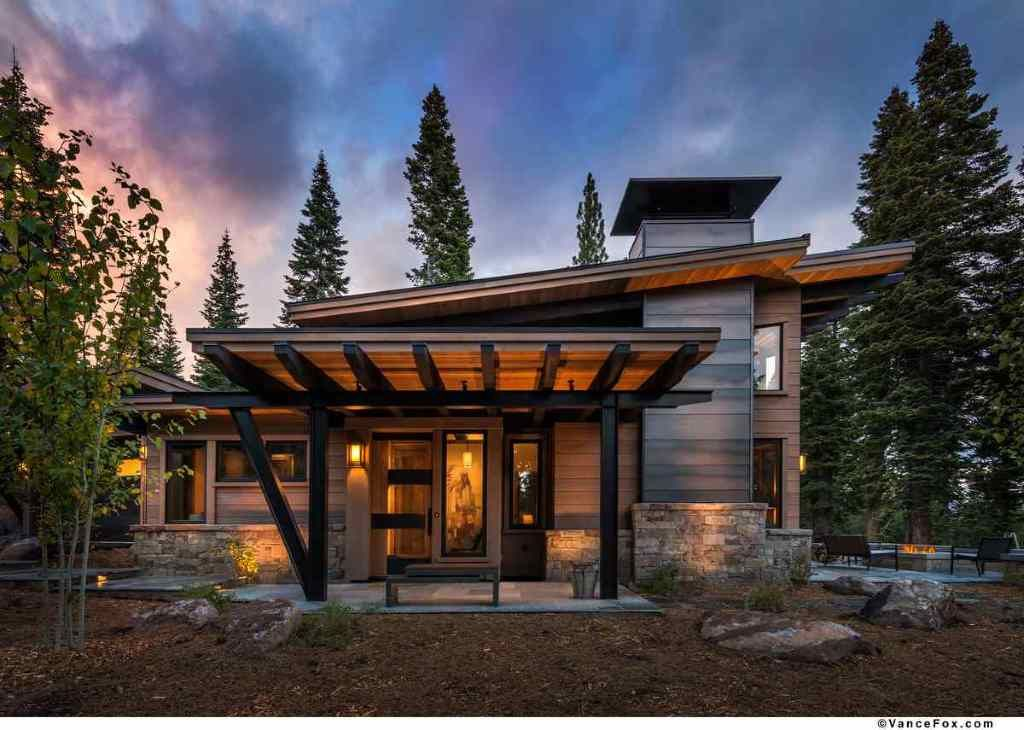 Modern Mountain Retreat Is Ideal Place To Unwind Mountain Home Exterior Mountain House Plans Modern Mountain Home
