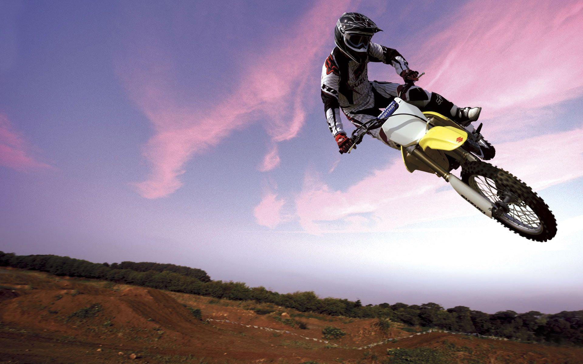 Motocross Wallpapers Backgrounds 17879 Full Hd Wallpaper Desktop With Images Suzuki Motocross Racing Motorcycles Yamaha Dirt Bikes
