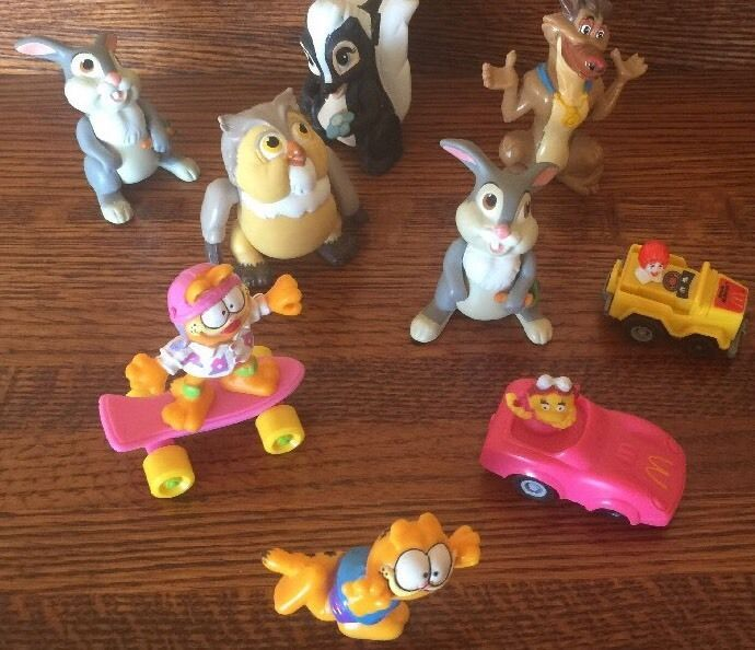 Lot Of 9 Vintage Mcdonalds Wendys Toys Bambi Owl Garfield All Dogs
