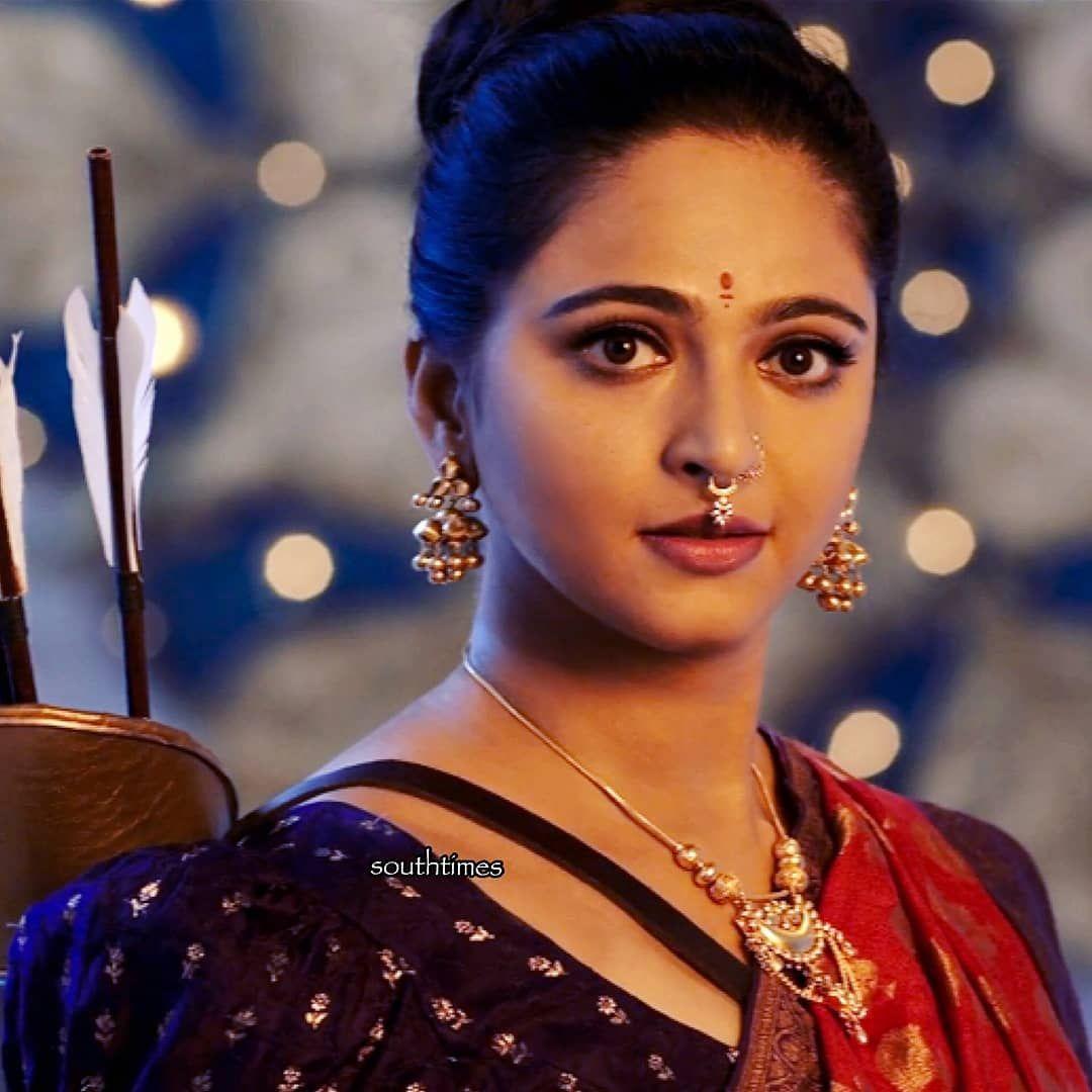 Presenting To You Princess #Devasena #bahubali2 8