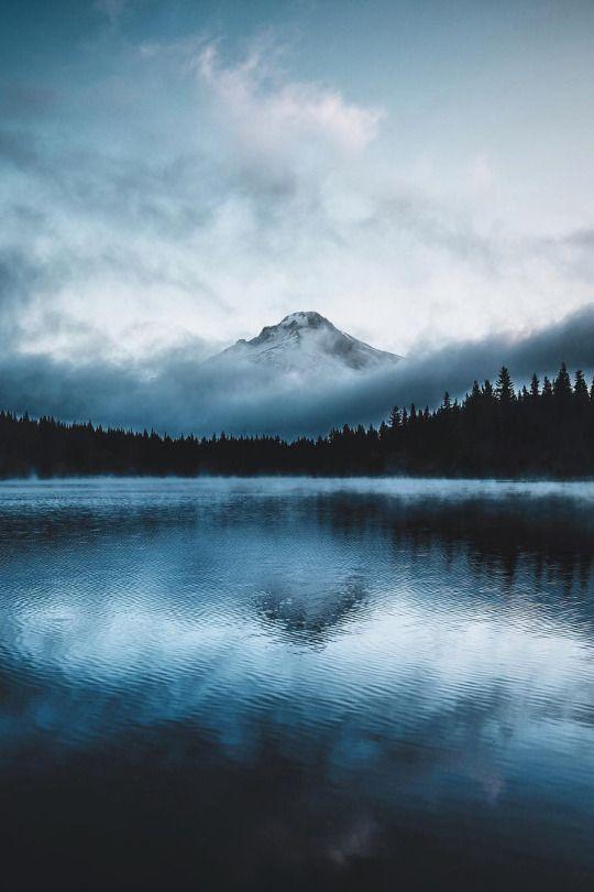 Trillium Lake Mt. Hood National Forest