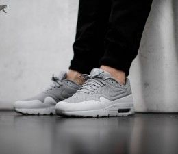 official photos 3cff9 87b0c Nike Air Max 1 Ultra Moire - Wolf Grey   Pure Platinum