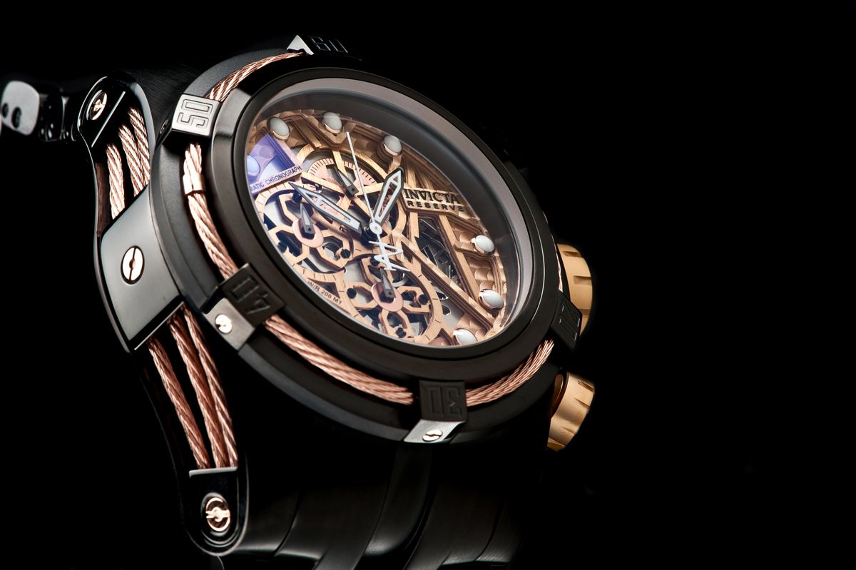 Pin By Retrick Smith On Watches Invicta Bolt Zeus Mens Watches Popular Watches For Men