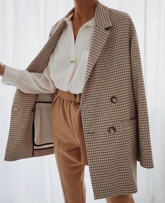 Top 10 Wardrobe Essentials Basics | Kleding voor een basisgarderobe – STYLE & FASHION