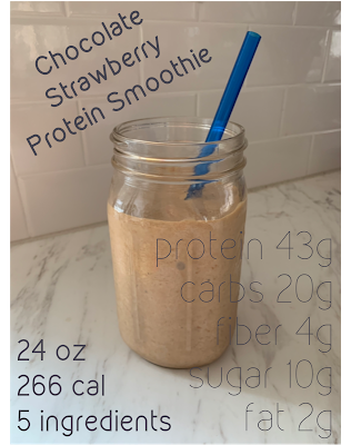 Strength in Motherhood: Chocolate Strawberry Protein Smoothie #chocolatestrawberrysmoothie