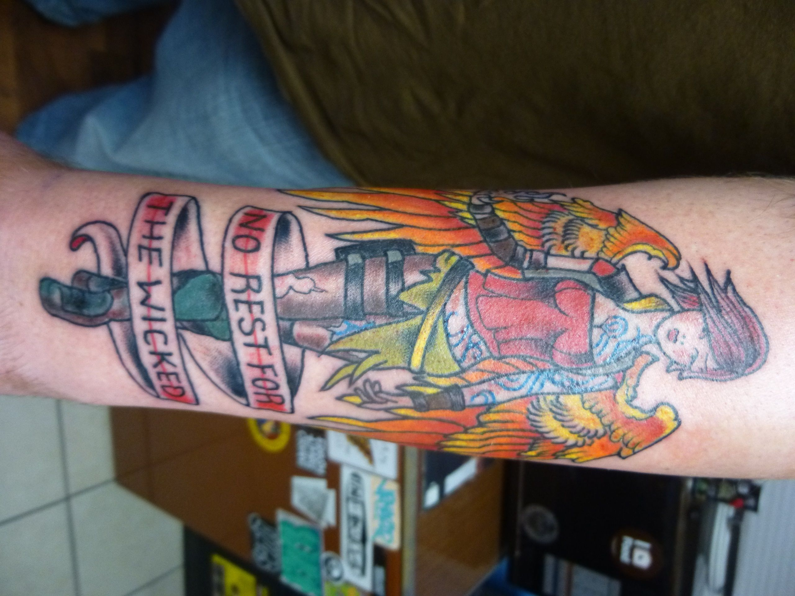 cult of the firehawk tattoo borderlands 2 tattoo ideas pinterest borderlands tattoo and. Black Bedroom Furniture Sets. Home Design Ideas
