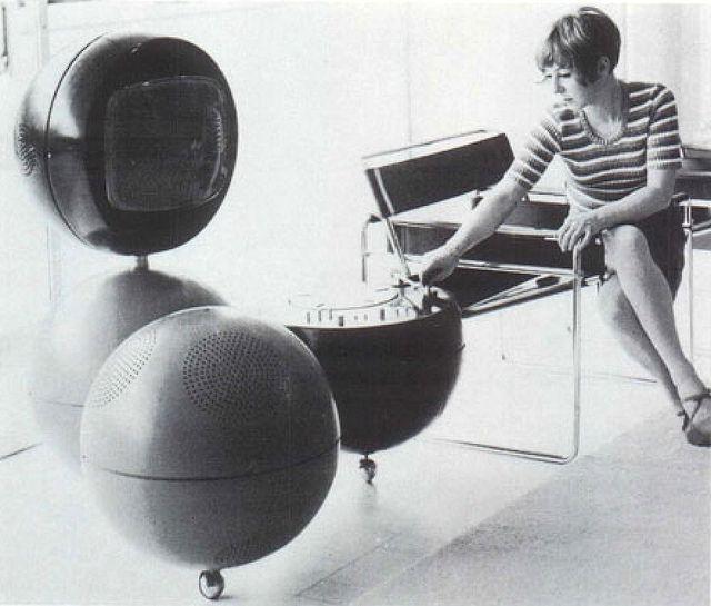 Media System Prototype — Burkhard Vogtherr (1969)