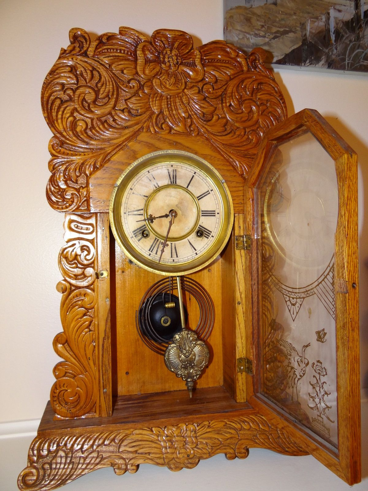 Antique Waterbury Mantle Oak Gingerbread Clock 3 Antique