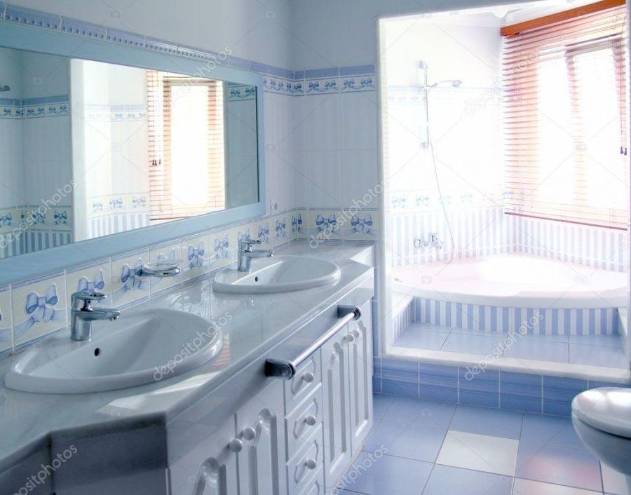 Badezimmer Deko In Blau In 2020 Blue Bathroom Interior Best Bathroom Designs Family Bathroom Design