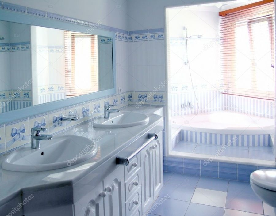 Badezimmer Deko In Blau In 2020 Blue Bathroom Interior Best