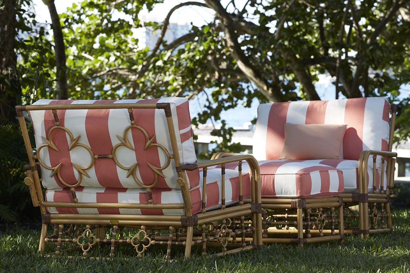 Celerie Kemble Shares Her Stunning New Outdoor Furniture Collection For Lane Venture Outdoor Furniture Collections Outdoor Furniture Painting Wooden Furniture