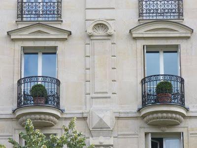 :   Balcons de Paris. Paris...