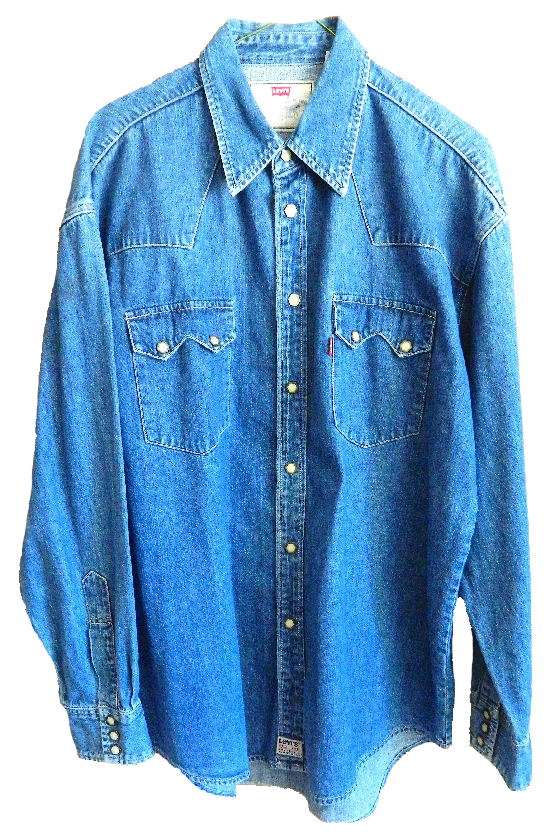 8e4f891bb2 vintage mens womens oversized Levi's button up long sleeve collared shirt.  Hexagonal pearlized snap buttons down length and both pockets.