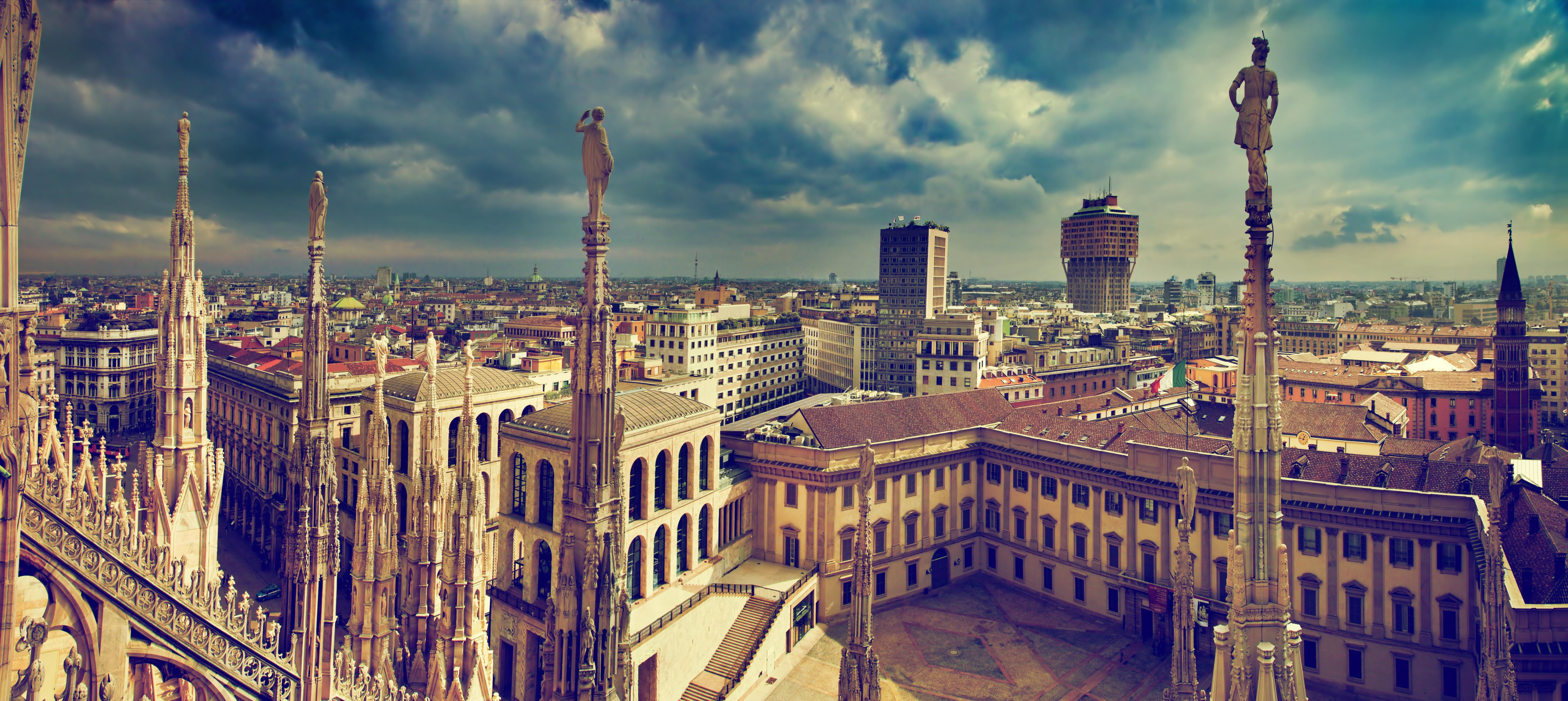 Glimpse Of World S Fashion Capital 35 Stunning Milan Wallpapers Free Download In Hd Science News Magazine Ancient Architecture Milan Old City