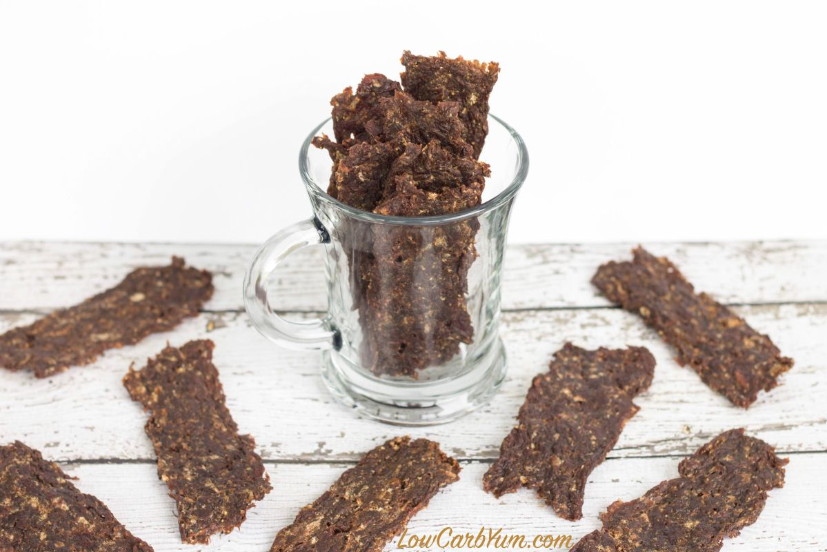 Ground Beef Jerky 3 Pounds Ground Beef Or Venison 5 Teaspoons Garlic Powder 4 Teaspoons Sea Salt 4 T Beef Jerky Recipes Ground Beef Jerky Recipe Jerky Recipes