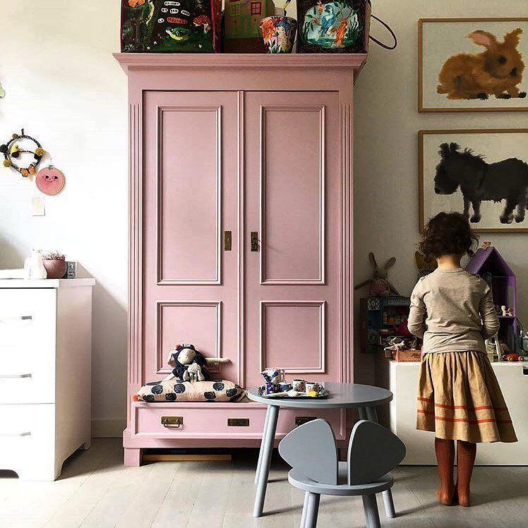 Ramacieri Soligo On Instagram Denicher Un Meuble Antique Et En Faire L Element Cle D Une Piece En 2020 Chambre Enfant Meubles De Chambre De Bebe Deco Chambre Enfant
