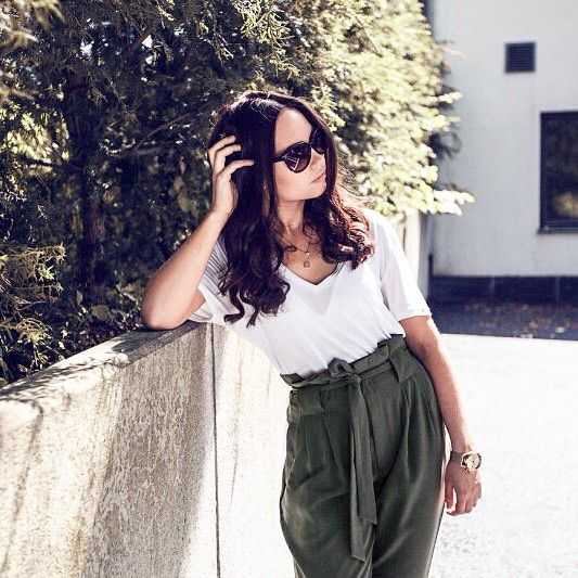 We love stylist and fashion blogger @henrikabonn in our Uma trousers  Available now for 399SEK/39.95EUR #ginatricot #inspiration #outfit    Gina Tricot #GinaMyWay   www.ginatricot.com   #ginatricot
