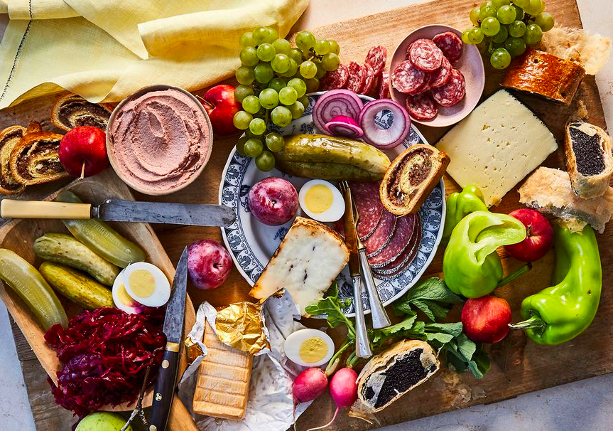 The Low-Key Brilliance of the Hungarian Snacking Tray Don't feel like cooking tonight? Throw together a Hungarian hidegtal or a Swedish smorgasbord: Colourful boards that show off the produce of the season, fresh from your garden. Check out Saveur's guide on how to create the perfect board for ideas.