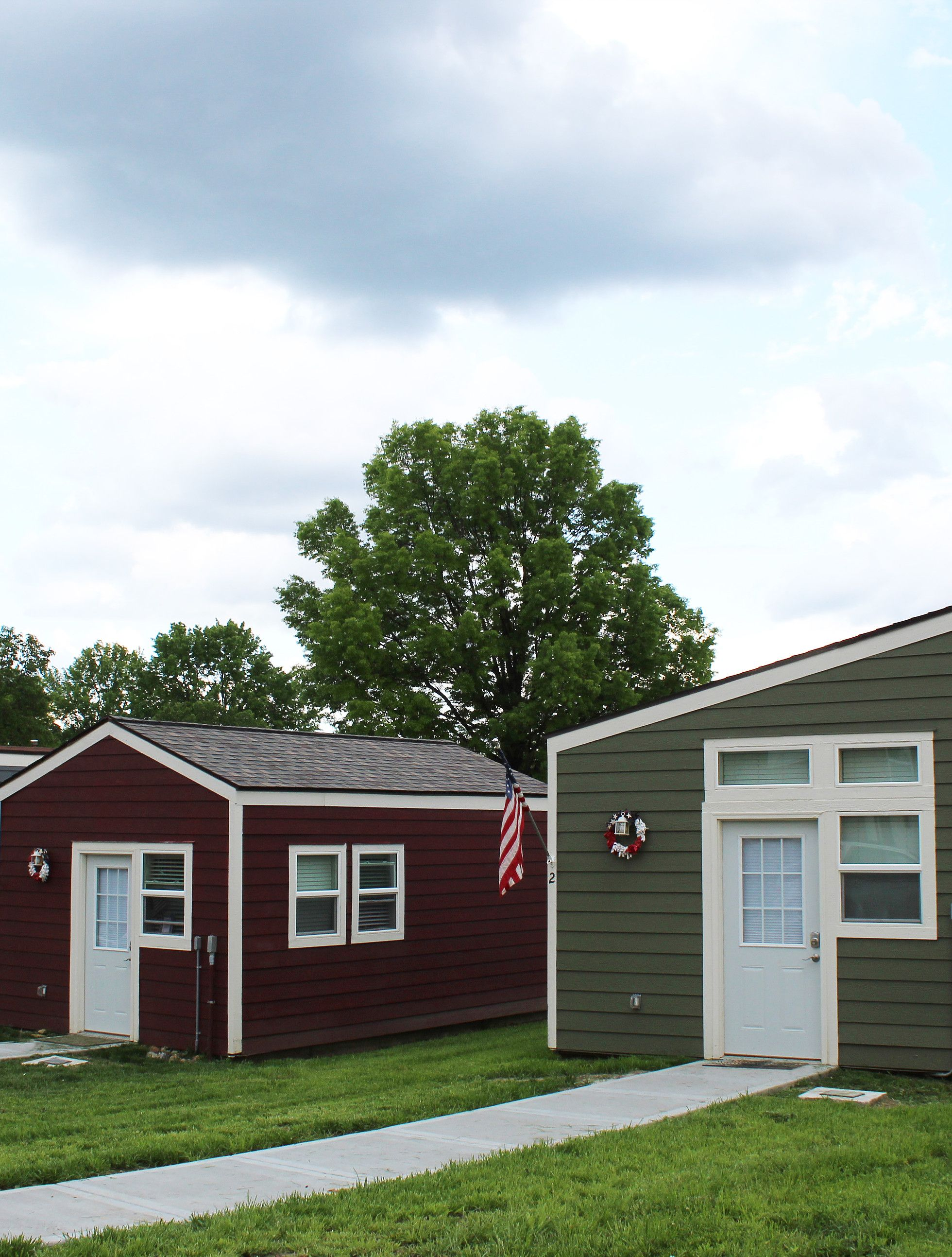 Tiny Houses For Homeless Veterans Veterans Community Project Homeless Housing Tiny House Homeless Veterans