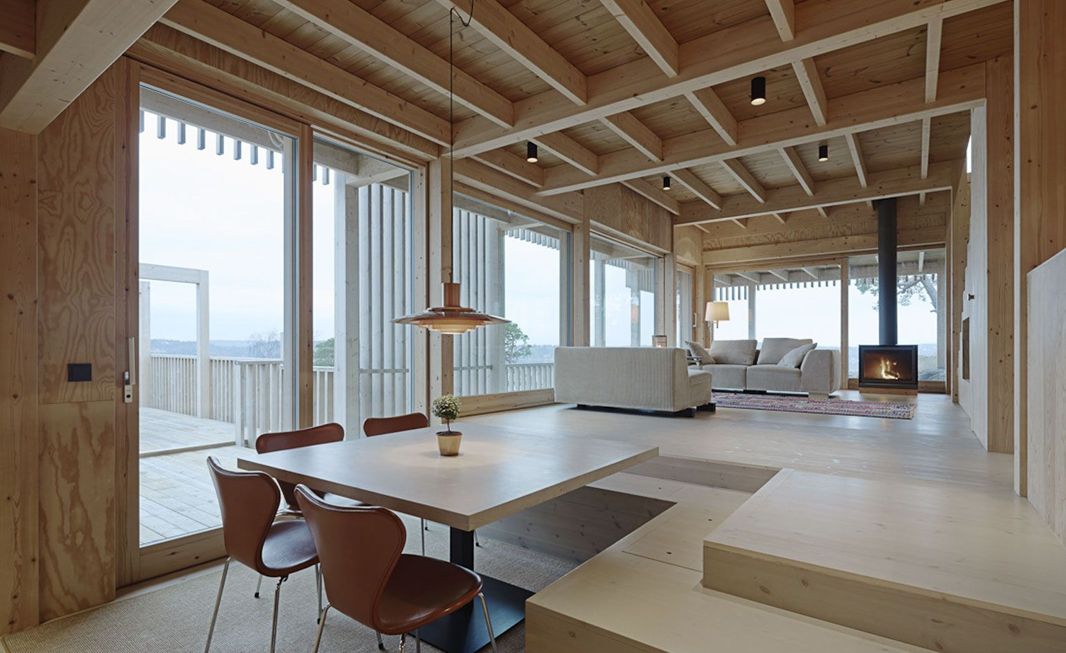 Holzdecke Bauhaus Villa Moelven Is A Surprising Swedish Home Inspired By The