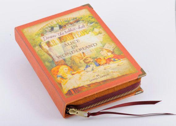 Roja Alicia en el país de las maravillas libro por psBesitos, €60.00