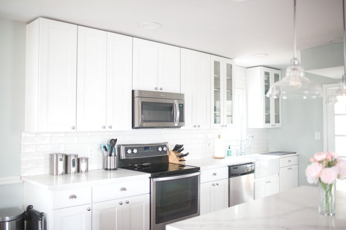 How I Keep A White Kitchen Clean Plus My Farmhouse Kitchen Renovation In 2020 White Kitchen Renovation Clean Kitchen Design Kitchen Cabinets Decor