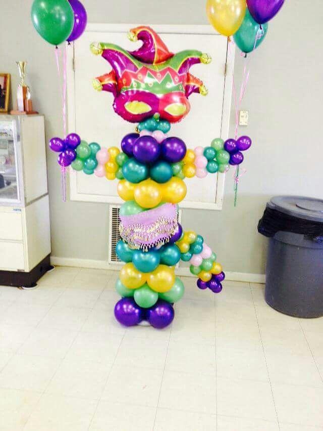 Mardi Gras balloon column