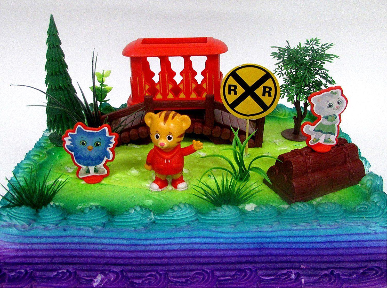 Daniel tigers neighborhood 10 piece birthday cake topper