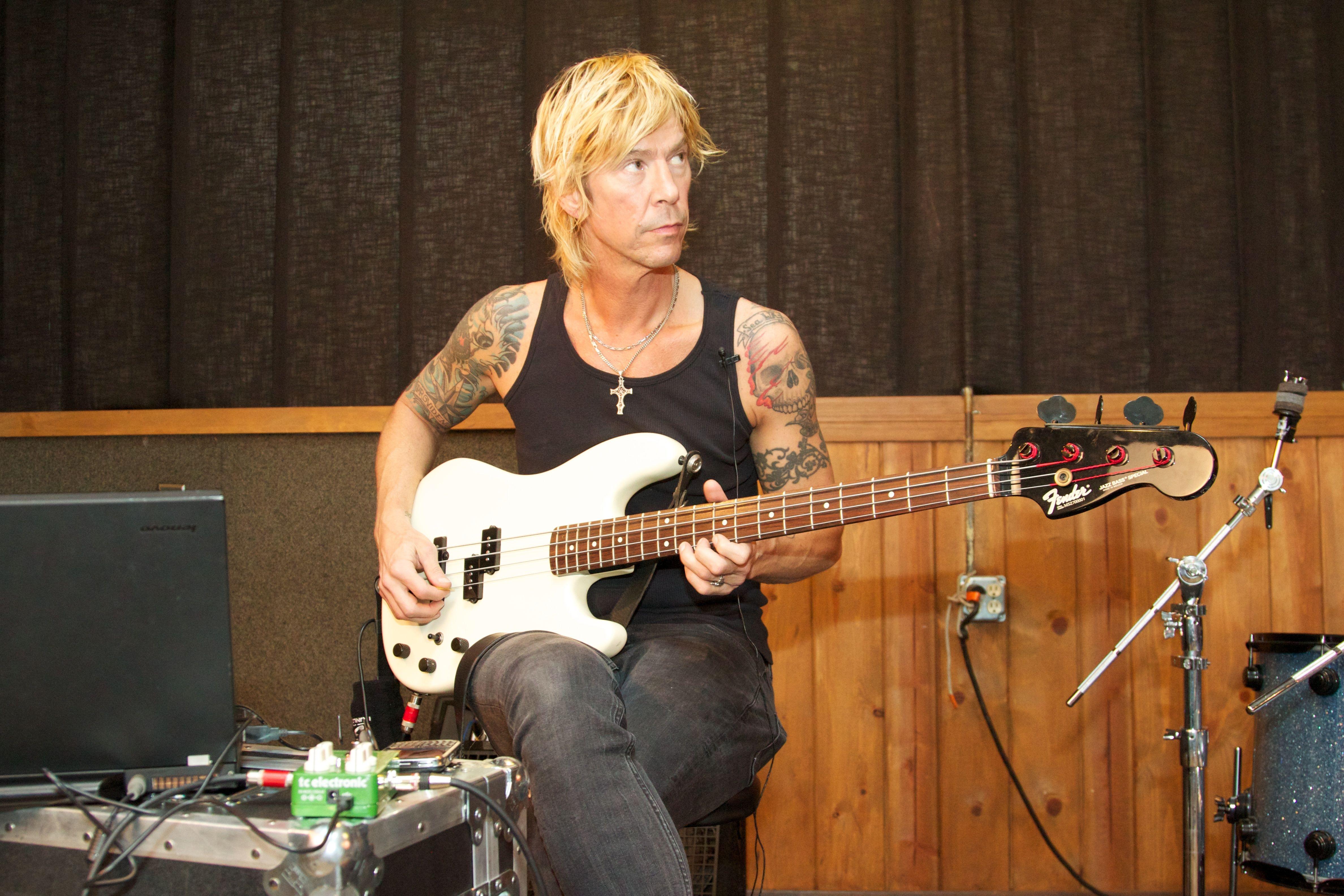 former guns n roses bass player duff mckagan is writing a new