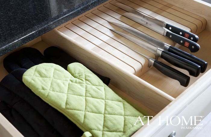 Союз красоты и удобства: практичные детали в интерьере кухни