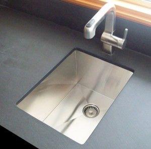 Seamless sink drain
