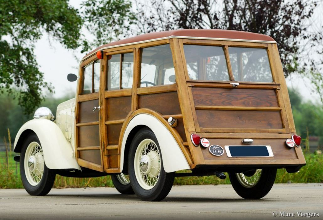 Pin by Narupa on Old trucks and buses | Pinterest | Classic cars ...