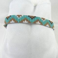 Bracelet tissé en perles miyuki bleu turquoise